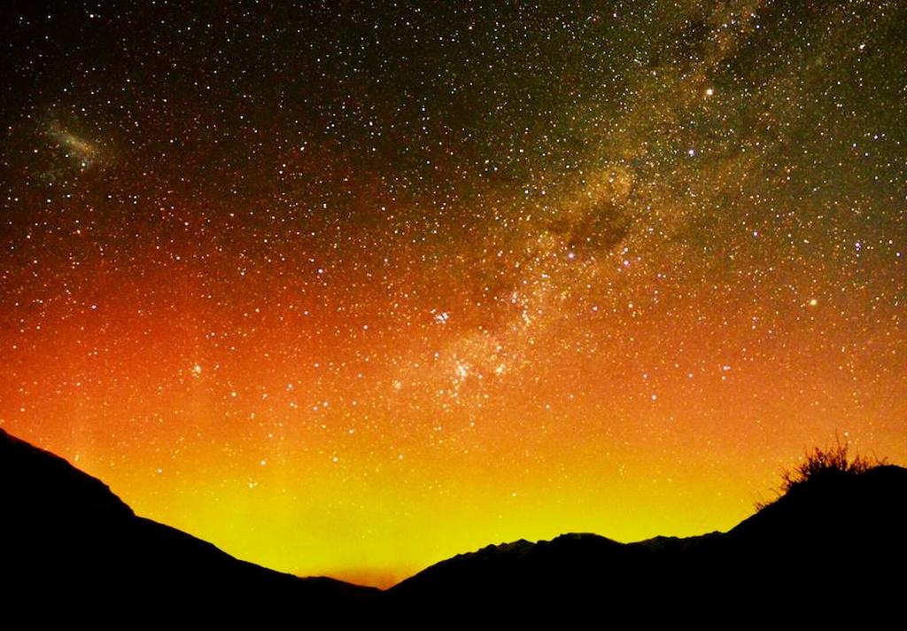 タスマニア島のオーロラ.jpg
