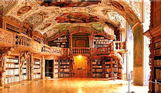 ヴァルトザッセン修道院図書館1.jpg