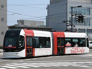 路面電車 富山ライトレール.jpg